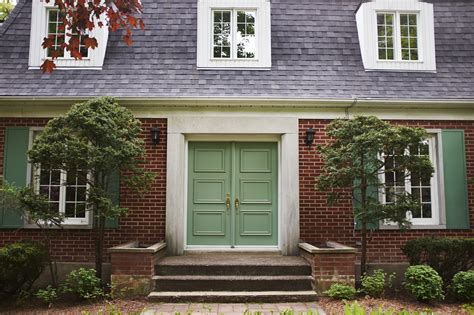 The Best Feng Shui Colors for an East-Facing Front Door
