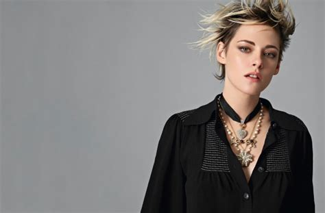 Kristen Stewart Gives Us Another Lesson in Cool for Chanel