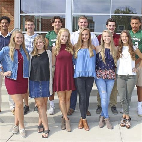 Mehlville High selects Homecoming Court – St