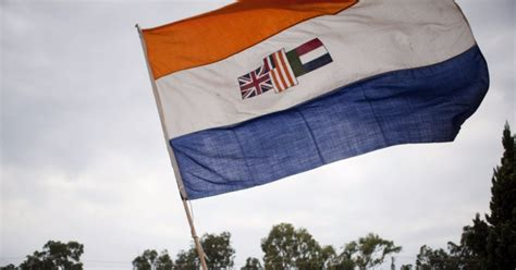 Old South African flag lives on in online retail