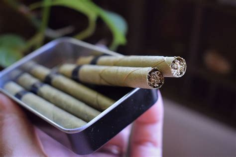 10 reasons to switch from tobacco blunt wraps to natural