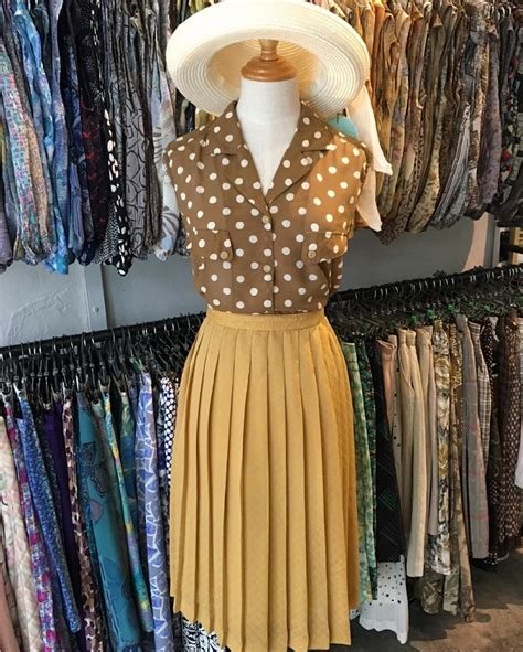 8 Vintage Clothing Stores In Singapore For Ladies' and Men
