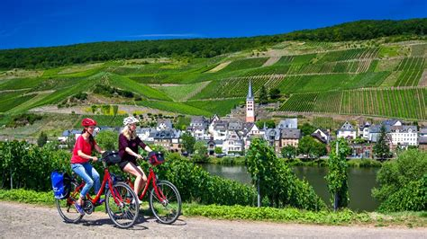 The Moselle Cycle Path | Cycling Holidays