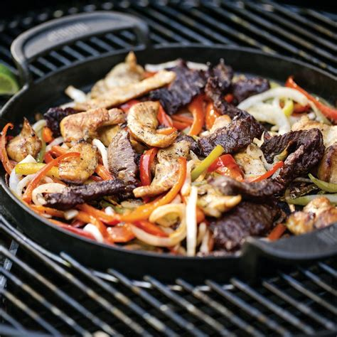 Weber® Gourmet Barbecue System Cast Iron Griddle