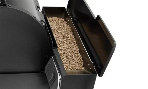 Weber SmokeFire EX4 Pellet Grill - Wood Fired Grilling