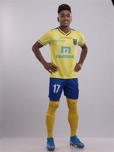 Kerala Blasters FC extends contract with Rahul KP | Biz