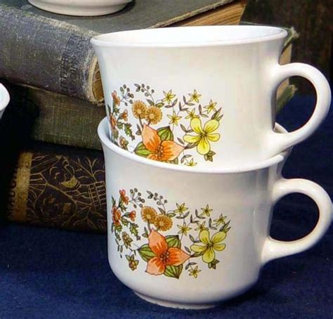 1970s Vintage Corelle Coffee Cups Indian Summer Pattern Set Of