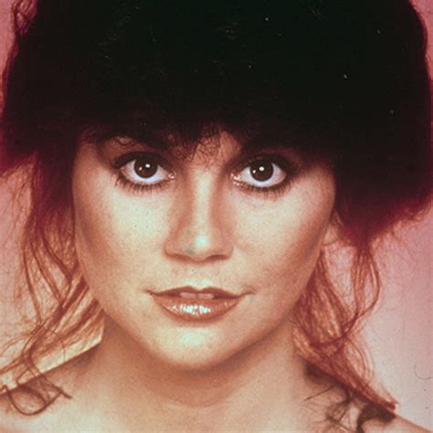 Linda Ronstadt - Songs, Family and Facts - Biography