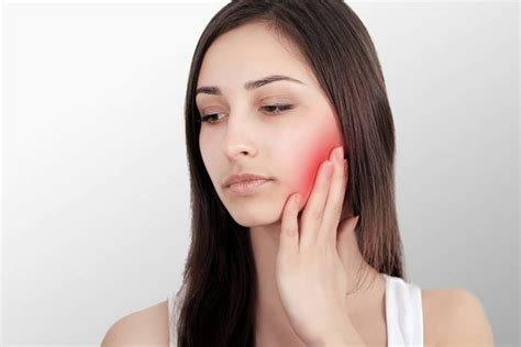 Visiting A Physio To Treat Jaw Pain (TMJ)